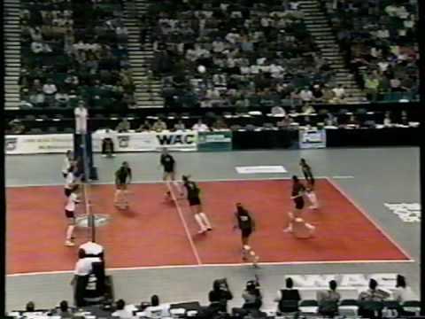 4 Wahine Volleyball g2