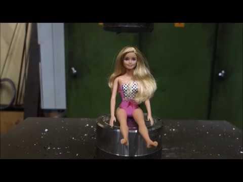 Presle Barbie bebeği ezmek,presle herşeyi ezdik