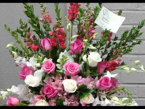 Sympathy flowers funeral flower ideas youtube sympathy flowers funeral flower ideas solutioingenieria Gallery