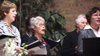 19 Zondag, 30 oktober 2011  Acclamatie na de voorbede, Kyrie Eleison 2  MAH08900