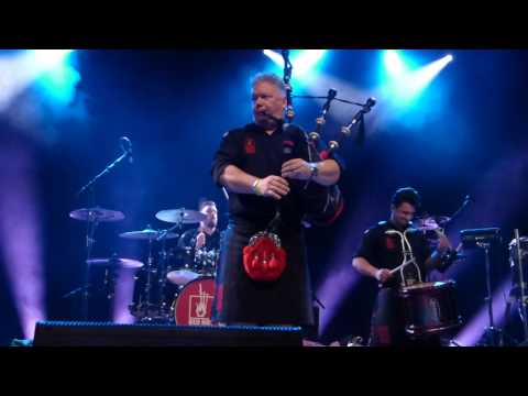Red Hot Chilli Pipers - Highland Cathedral - Wiesbaden 8.11.16