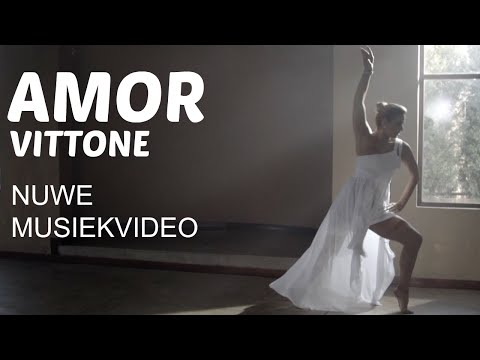 Amor Vittone – Alles Net Oor Jou (Official Video)