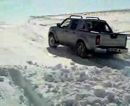 nissan skystar 4x4 off road deep snow - youtube