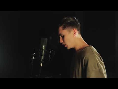 Liam Ferrari - photograph ( cover ) ed Sheeran.