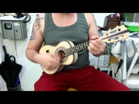 Cavaco canhotinho de faya luthier marcelus
