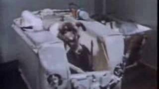 1957: Sputnik 2 (USSR)