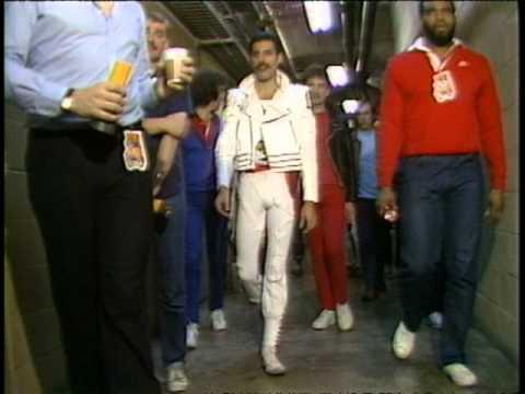 QUEEN La forum 1982 backstage feat Michael Jackson