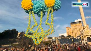 В Киеве в небо запустили воздушные шары в форме Герба Украины(, 2015-05-31T19:12:28.000Z)