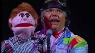 "Roy 'Chubby' Brown - ""The Santa Claus Song"""