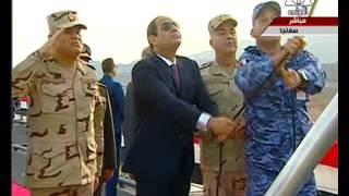 شاهد..لحظة رفع السيسى العلم على حاملة المروحيات جمال عبدالناصر