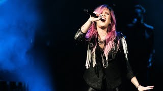 Repeat youtube video Demi Lovato - The Neon Lights Tour [FULL CONCERT] HD