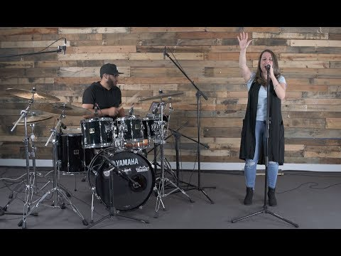 FOREVER I RUN Spanish Version (Corro a Tu Amor) - Elevation Worship Cover