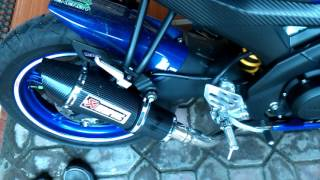 Yamaha R15 Movistar with exhaust Akrapovic trioval carbon lokal (Pacitan)