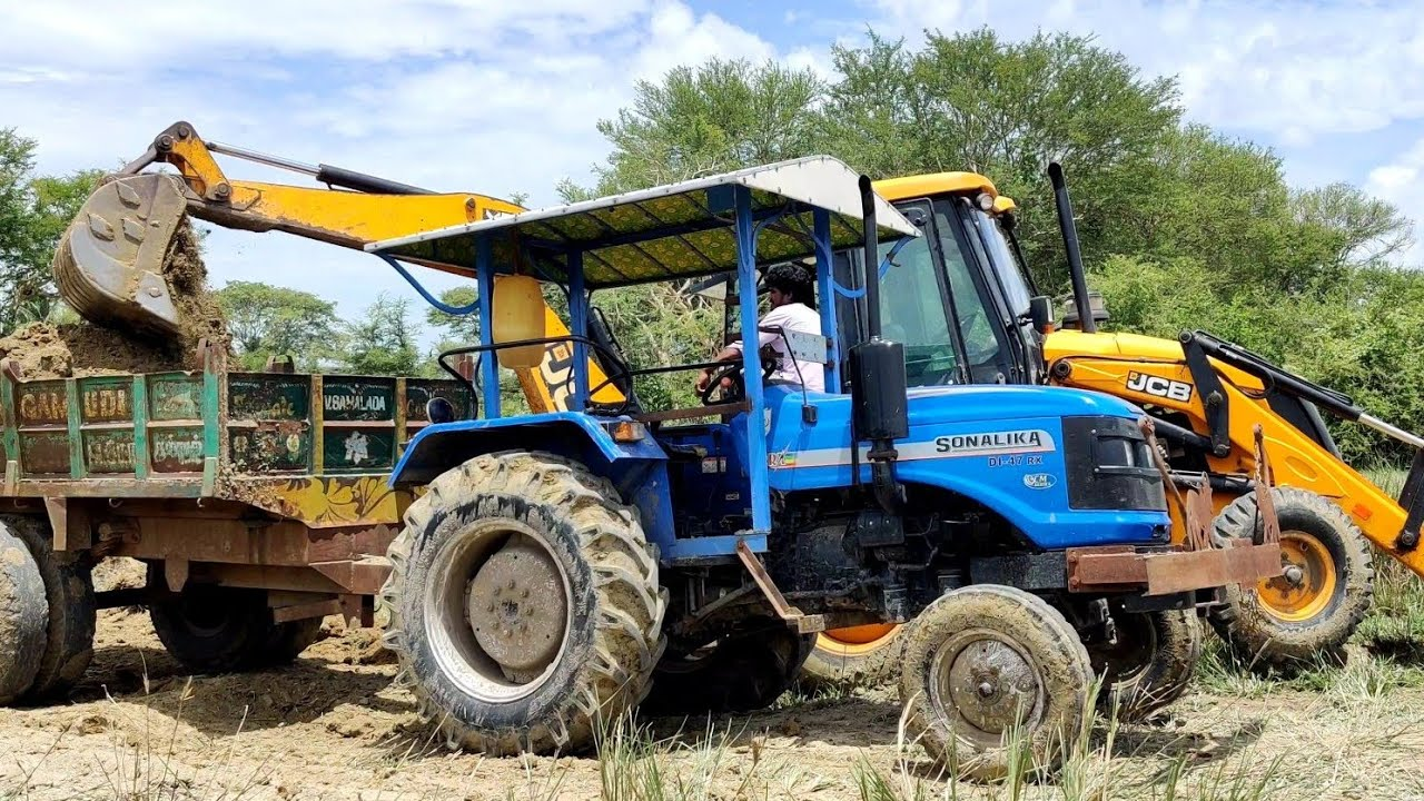 Sonalika Tractor DI-47 RX fully loaded by JCB 3DX Machine  Come to Village
