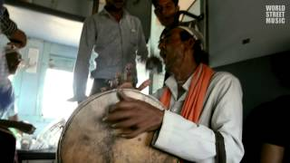 Rajasthani Song with Dafli by Indian Train Busker (HD)