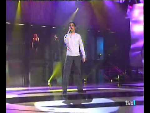 David Bustamante - No Importa La Distancia [Videoclip Live]