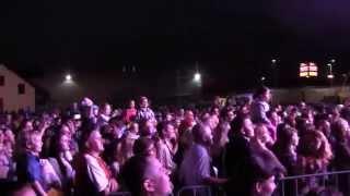 Piersi - Bałkanica (live)