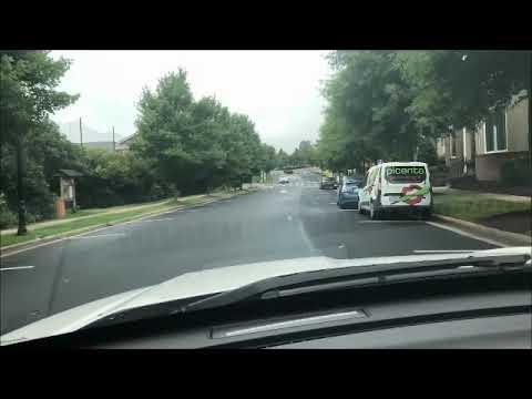 Davidson Day School - Carpool Dropoff