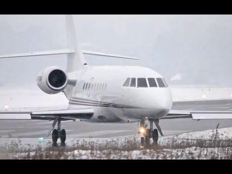 Falcon 2000 - Takeoff during Snowfall HD
