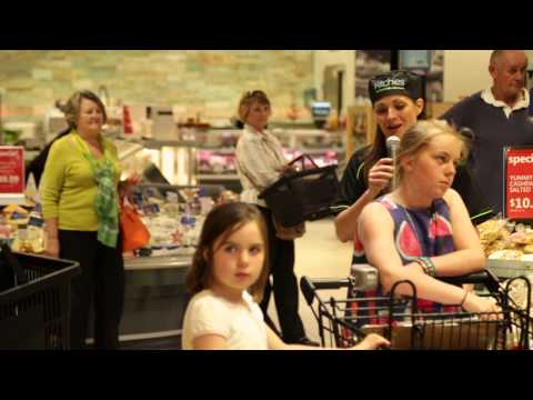 Ritchies Mt Eliza Flash Mob - Bocelli's 'Time To Say Goodbye'
