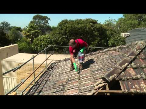 How To Clean Roof Tiles - DIY At Bunnings