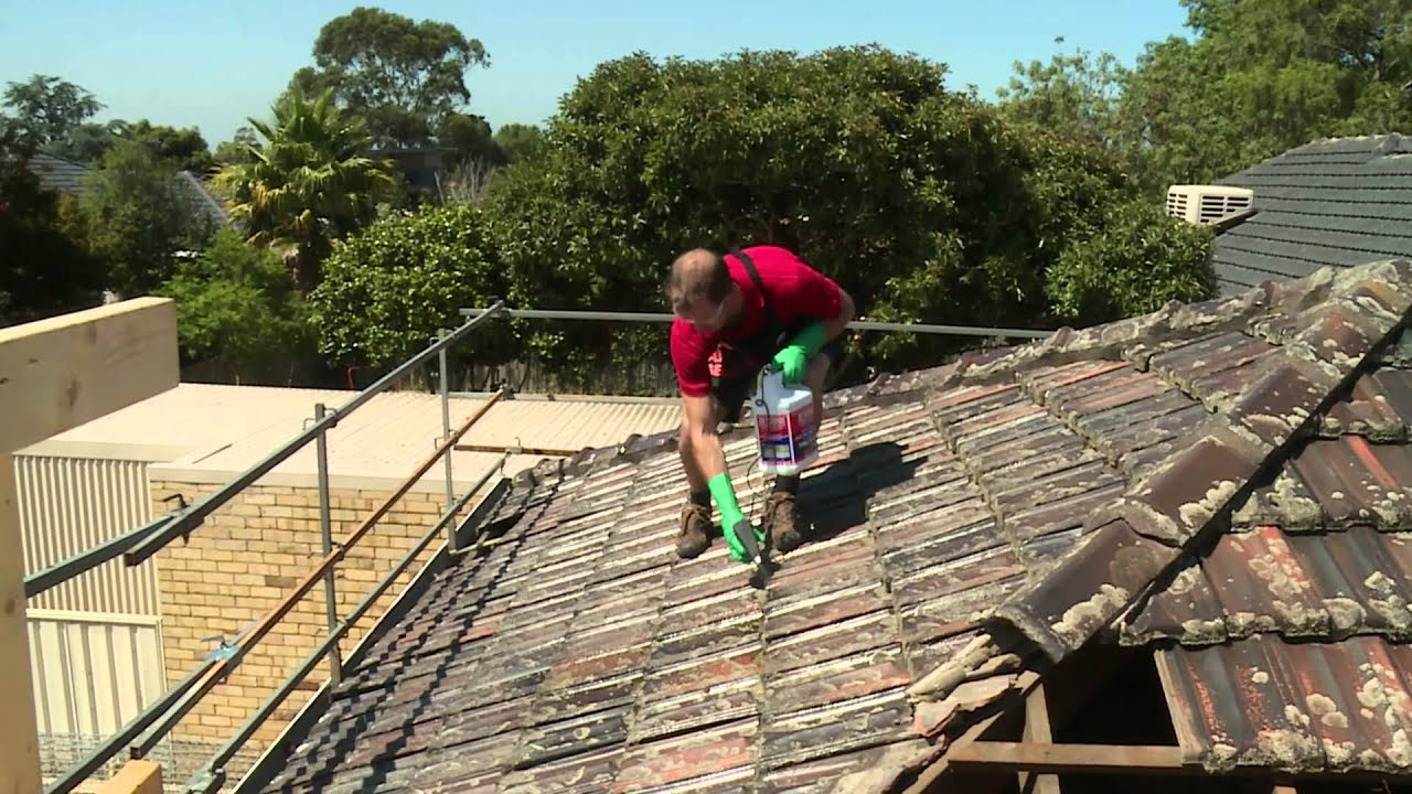 Perfect How To Clean Roof Tiles   DIY At Bunnings   YouTube