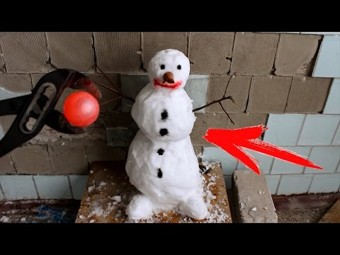 Thumbnail: EXPERIMENT Glowing 700 degree metal ball VS SNOWMAN