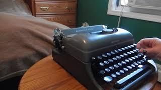 1948 Remington Rand De Luxe Model 5 portable typewriter