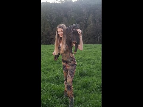 Big boar round 1: pighunting with jesica episode 2: women who hunt