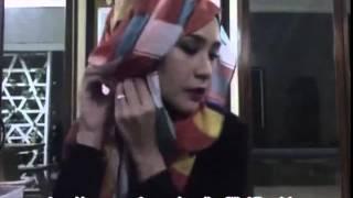 Download Video Tutorial Jilbab Pashmina Segiempat Untuk Pesta Zaskia Adya Mecca MP3 3GP MP4