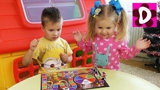 Щенки ОХОТЯТСЯ НА КОСТОЧКИ Щенячий Патруль Игры Видео для Детей и Малышей Игрушки Щенячий Патруль