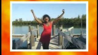 """Cecilia Gayle - """"El Tipitipitero"""" Official Videoclip"""