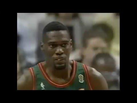 Shawn Kemp - Sonics @ Bulls - 1996 Finals G2 (Dunk on Pippen)