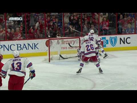 Skinner with some crafty moves in close to beat Raanta