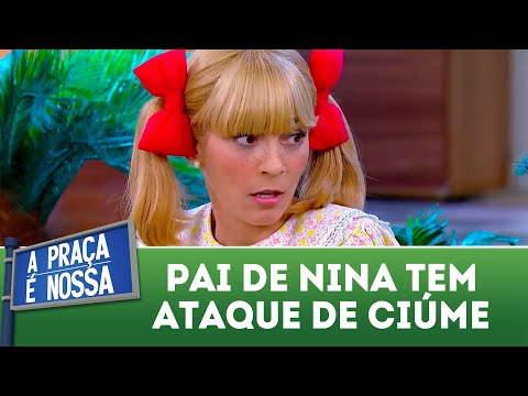 Pai de Nina tem ataque de ciúme | A Praça é Nossa (17/05/18)
