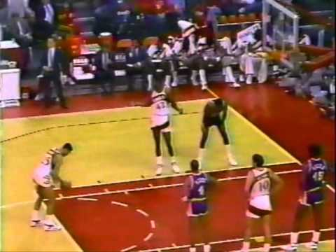 Dominique Wilkins (38pts) & Doc Rivers (15pts/15asts) vs. Lakers (1988)