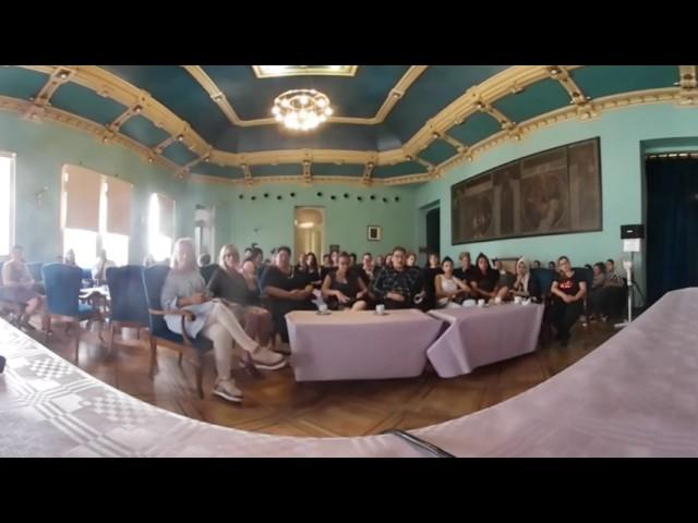 Encuentro  de mujeres con Marina Heredia en Huesca.