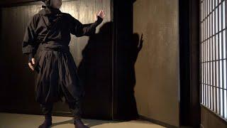 Ninjaを見に伊賀市へ旅行。忍者屋敷も甲賀忍術村とは少し扉の仕掛けも違...