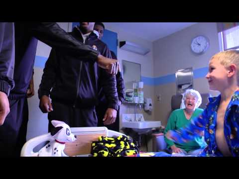 ECU Men's Basketball Visits Maynard Children's Hospital ...