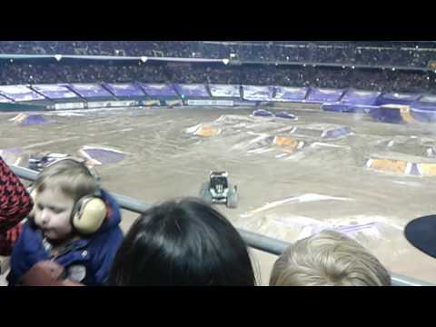 Monster Jam Oakland, CA Racing 2-18-17