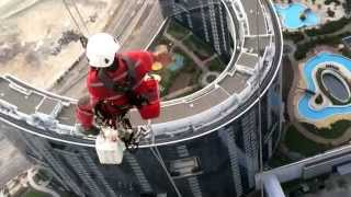 Real Spider Man - Window cleaners of Abu Dhabi