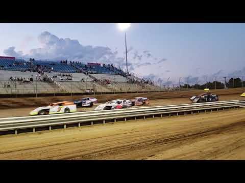 Modified parade laps Virginia motor speedway