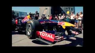 Compilation hymnes nationales avec des moteurs de F1