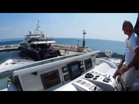 Docking Dominator 86 S yacht in windy weather,marina Lav,HR