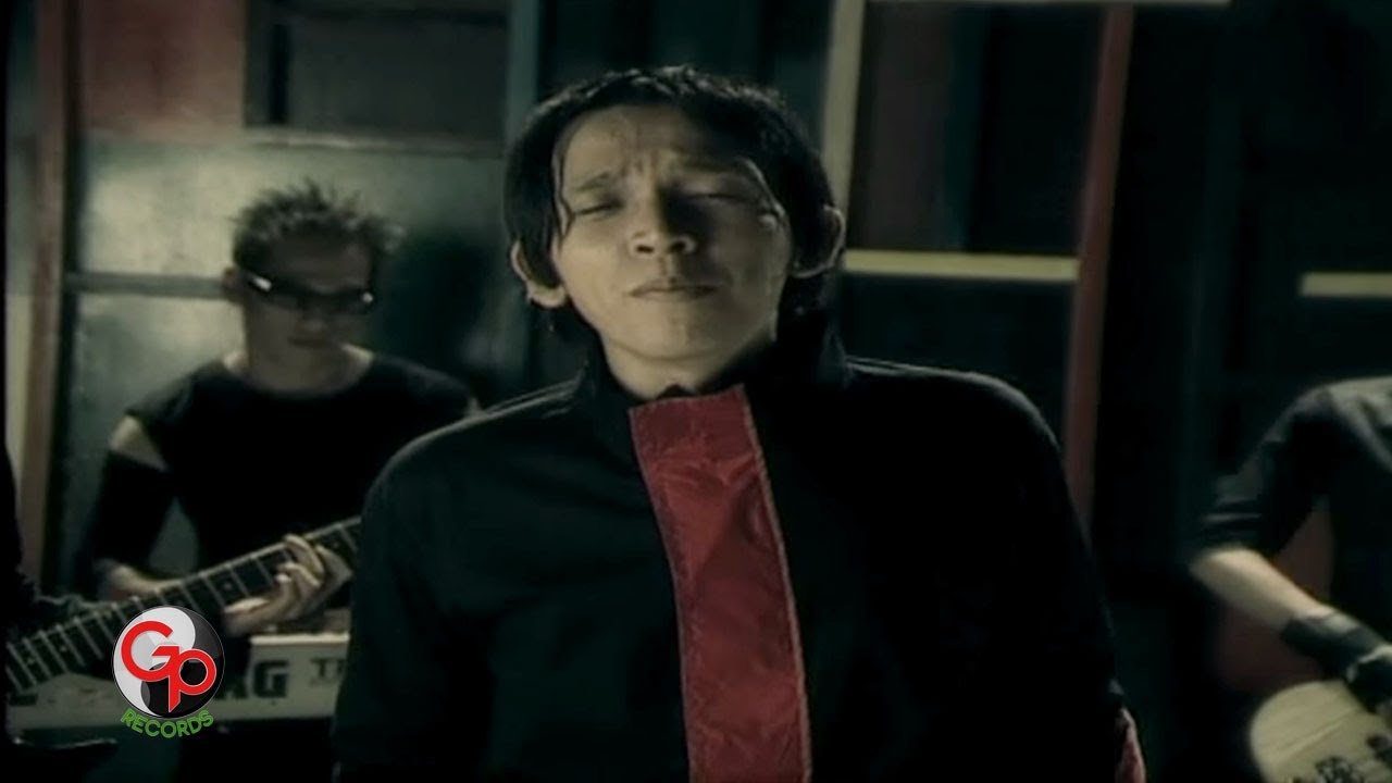 Download Five Minutes - Bila (Official Music Video)