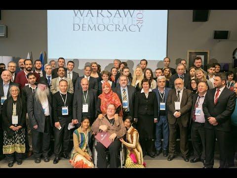 FM Witold Waszczykowski presented the Pro Dignitate Humana to Helena Pyz during #WDD2016