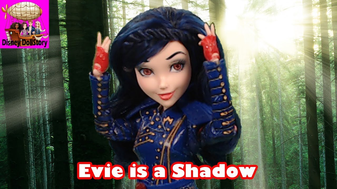 Evie Becomes a Shadow - Part 1 - Descendants Shadow World Series Disney