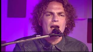 Toploader - Never Stop Wondering (live bij Q)