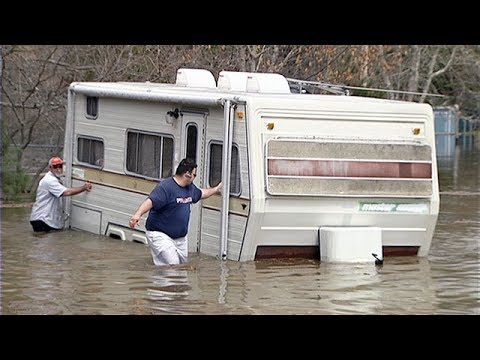 Floodwaters rise in New Brunswick