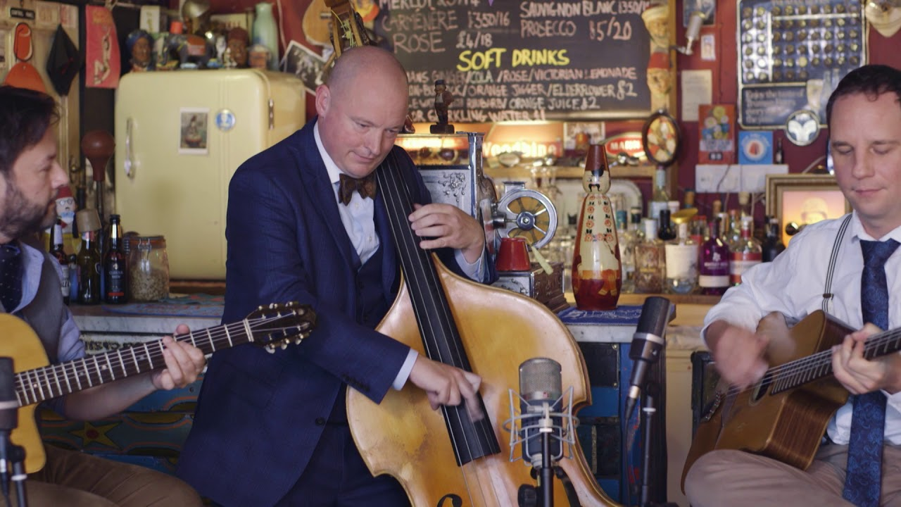 Hire An Acoustic Jazz Band For An Event In 2021 | Jonny Hepbir Gypsy Jazz Trio, Duo & Solo In Kent